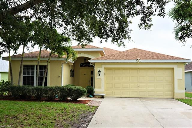 For Sale in LAKES AT THREE OAKS Fort Myers FL