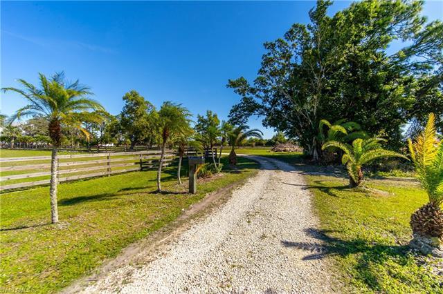 18401 Glades Farm Rd, Estero, Fl 33928