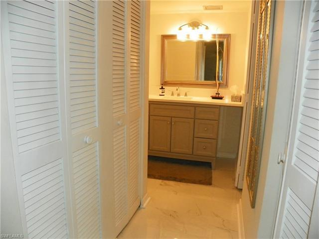 248 Palm Dr #49 3, Naples, Fl 34112
