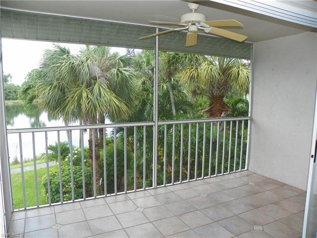 121 Gabriel Cir #1 104, Naples, Fl 34104