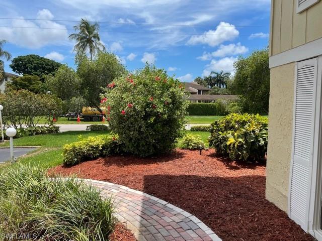 925 Palm View Dr #f 122, Naples, Fl 34110