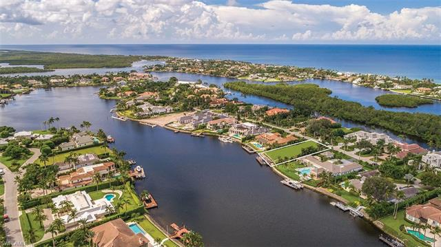 3525 Fort Charles Dr, Naples, Fl 34102