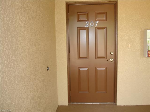 1102 Winding Pines Cir #207, Cape Coral, Fl 33909