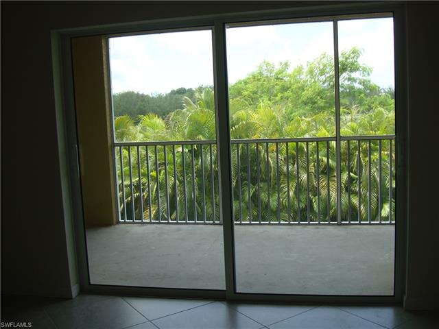 1051 Winding Pines Cir #206, Cape Coral, Fl 33909