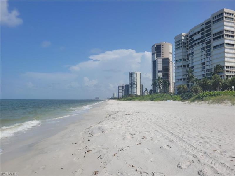 4031 N Gulf Shore Blvd #9d, Naples, Fl 34103