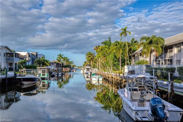 For Sale in BLUE POINT Naples FL
