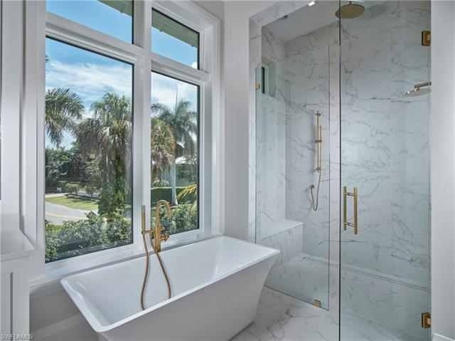 2030 Gordon Dr, Naples, Fl 34102