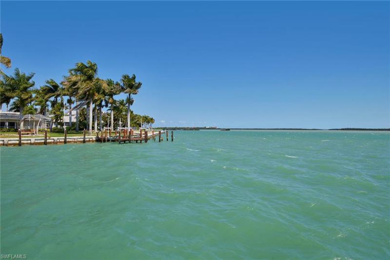 1051 S Barfield Dr, Marco Island, Fl 34145
