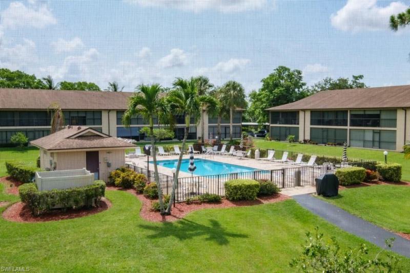 New listing For Sale in ABBINGTON VILLAGE Naples FL