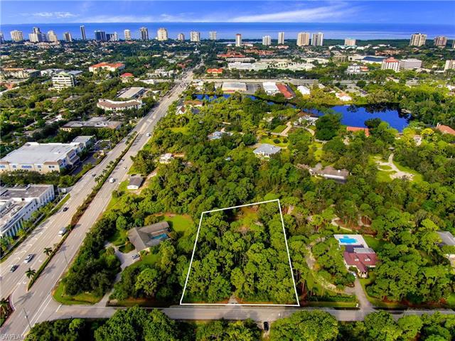 25 East Ave, Naples, Fl 34108