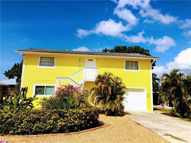 215 Flamingo St, Fort Myers Beach, Fl 33931