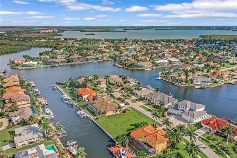 For Sale in MARCO ISLAND Marco Island FL