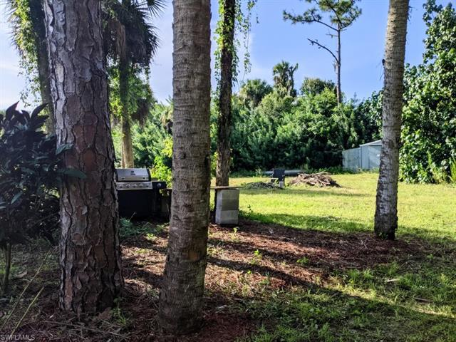 17281 Shelby Ln, North Fort Myers, Fl 33917