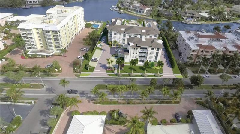 1820 N Gulf Shore Blvd #301, Naples, Fl 34102