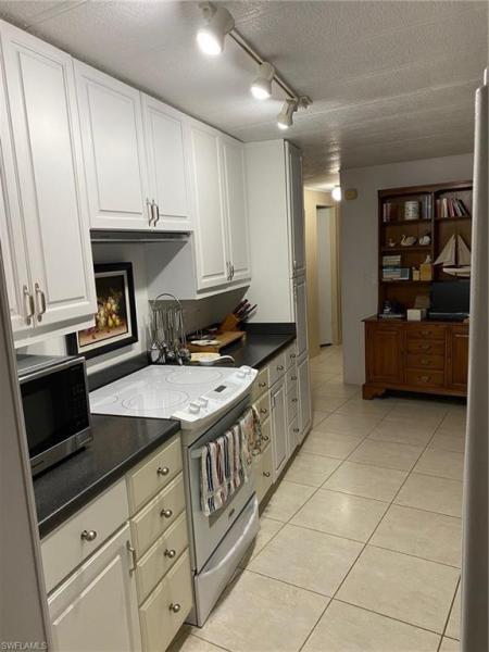 302 Rookery Rd, Naples, Fl 34114