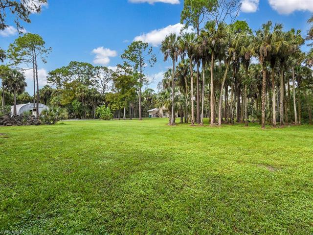 560 Nw 14th Ave, Naples, Fl 34120