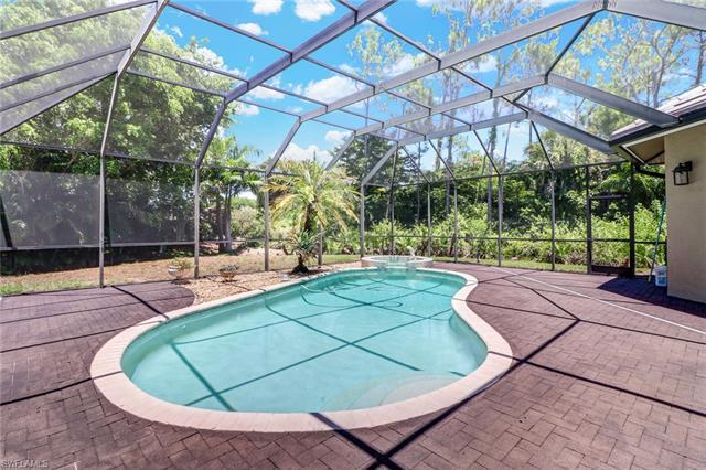 2328 Broadwing Ct, Naples, Fl 34105