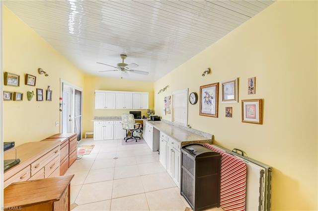 127 Mediterranean Way #127, Naples, Fl 34104