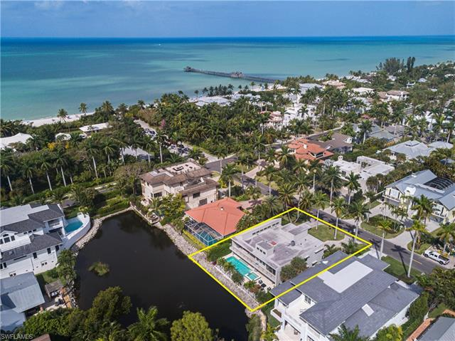New listing For Sale in AQUALANE SHORES Naples FL