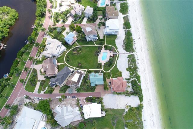 111 Bonaire Ln, Bonita Springs, Fl 34134