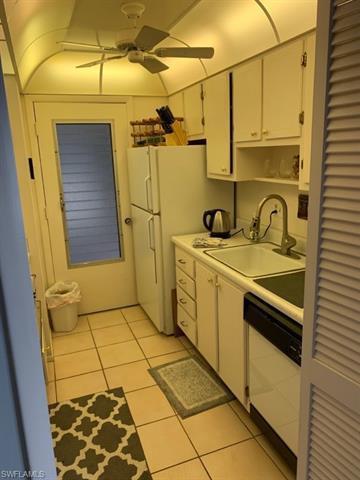 1300 N Gulf Shore Blvd #700, Naples, Fl 34102