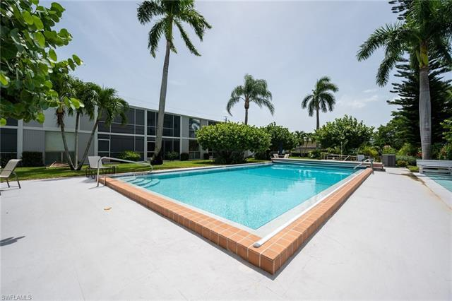 For Sale in SANDCASTLE AT MOORINGS Naples FL