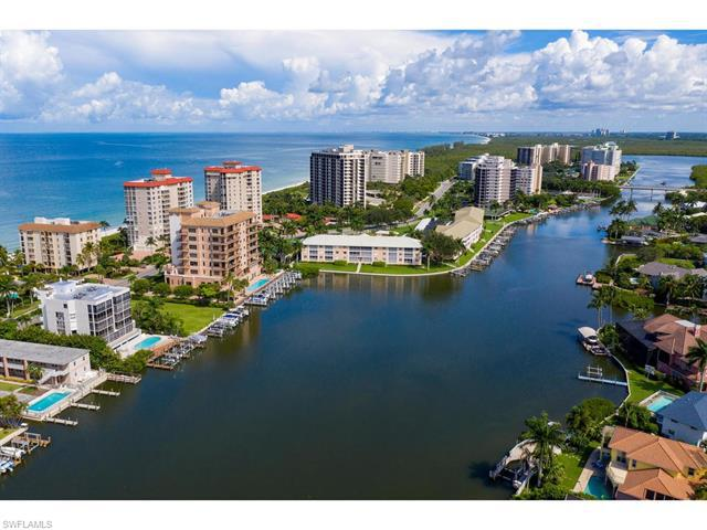 10562 Gulf Shore Dr #201, Naples, Fl 34108