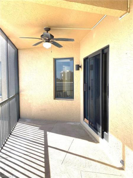 601 La Peninsula Blvd #601, Naples, Fl 34113