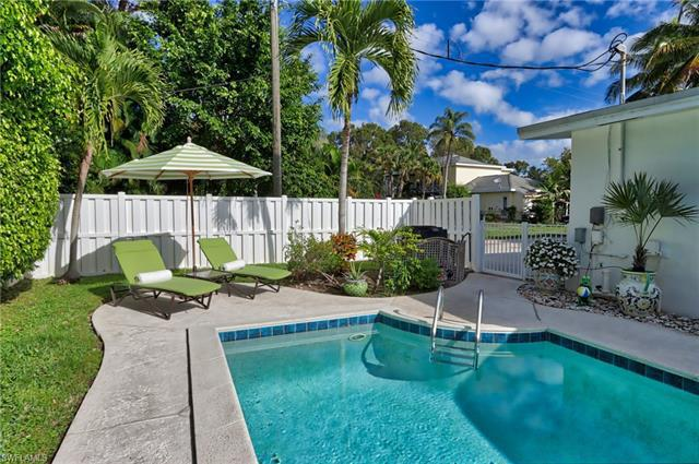 359 N 2nd Ave Ave, Naples, Fl 34102
