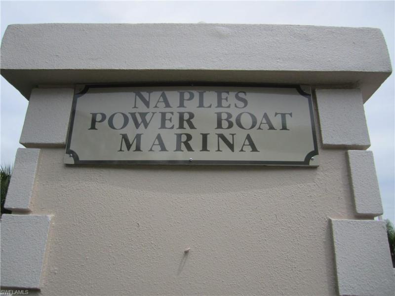 705 S 11th St, Naples, Fl 34102