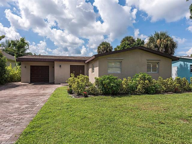 1466 Curlew Ave, Naples, Fl 34102