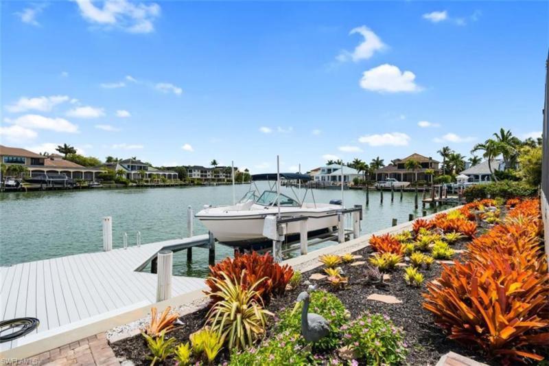 874 Hyacinth Ct, Marco Island, Fl 34145