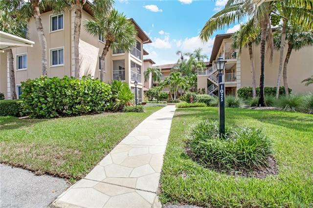 For Sale in FOXMOOR Naples FL