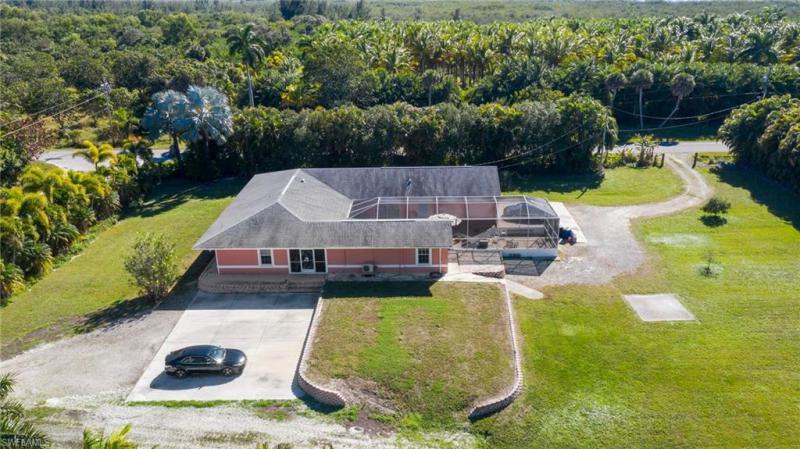7200 Pineland Rd, Bokeelia, Fl 33922