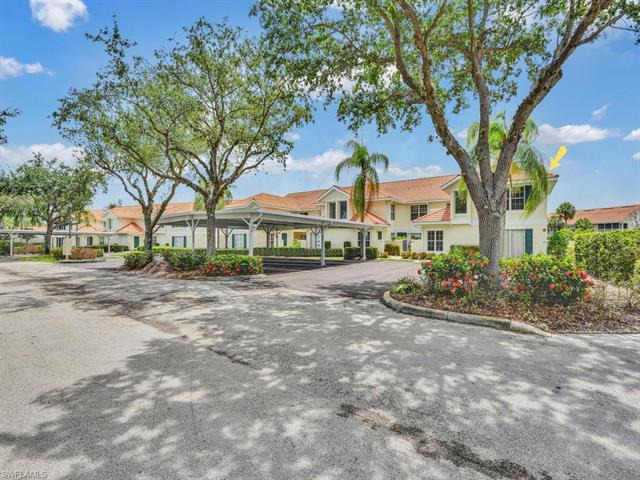 New listing For Sale in LAKEVIEW AT CARLTON LAKES Naples FL