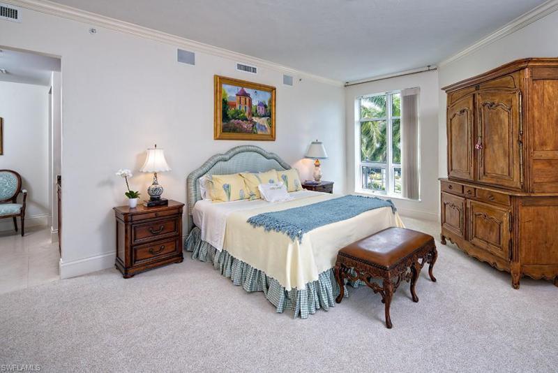 1801 N Gulf Shore Blvd #303, Naples, Fl 34102