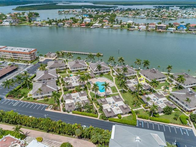 For Sale in VILLE DE MARCO Marco Island FL