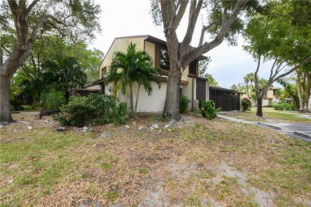 For Sale in COURTYARDS AT GOLDEN GATE Naples FL