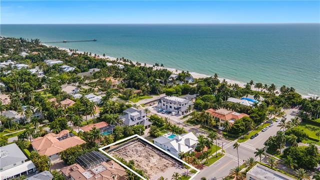 140 S 5th Ave, Naples, Fl 34102