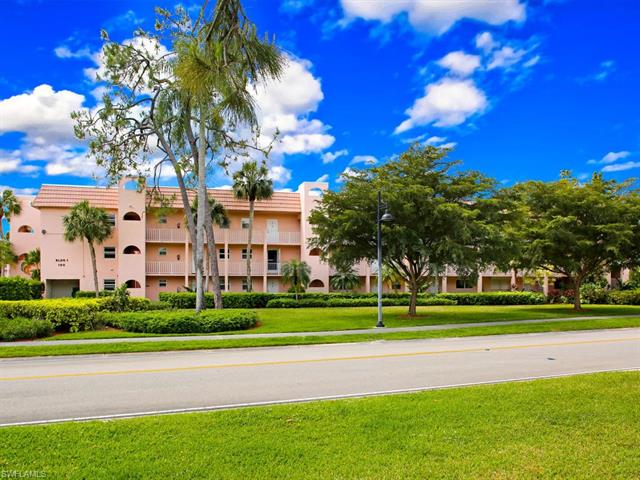 For Sale in TURTLE LAKE GOLF COLONY Naples FL