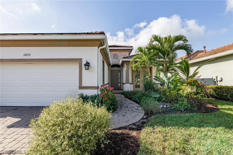 For Sale in FAIRWAY COVE Fort Myers FL
