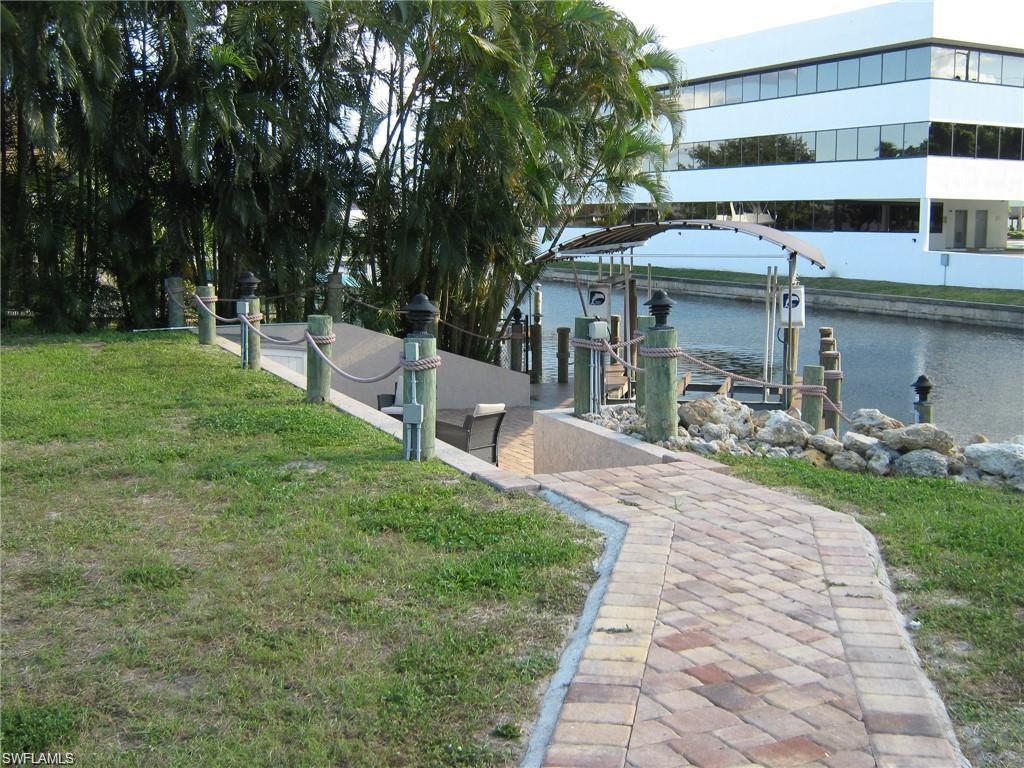 1614 Palaco Grande Parkway, Cape Coral, Fl 33904