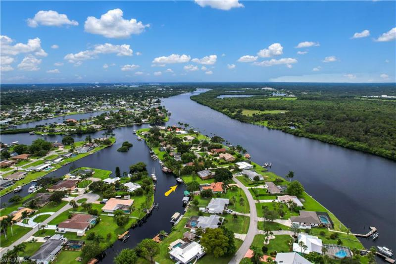 For Sale in RIVER FOREST FORT MYERS FL