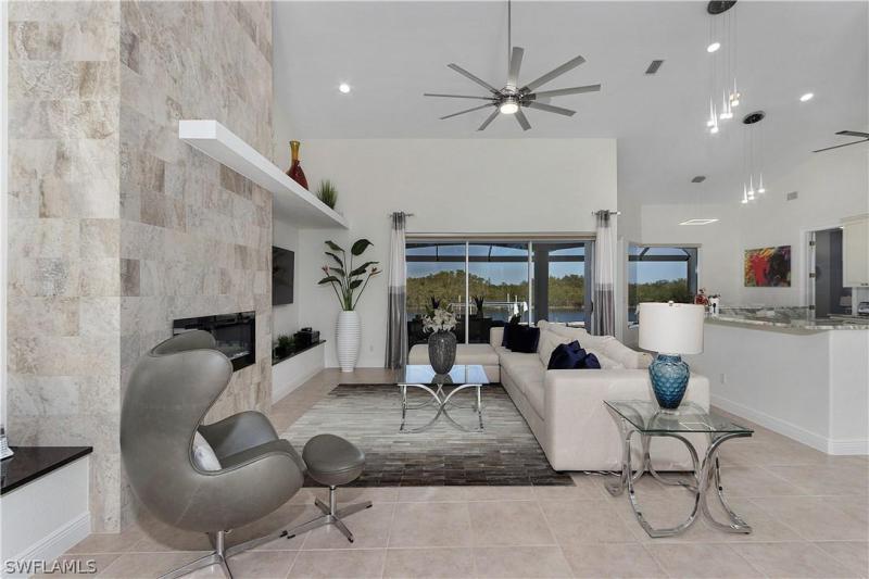 3724 Surfside Boulevard, Cape Coral, Fl 33914