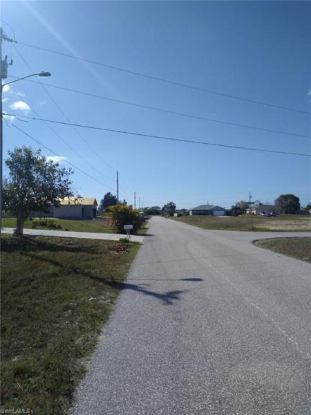 10 Nw 20th Street, Cape Coral, Fl 33993