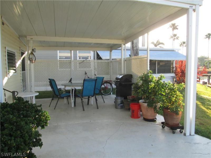80 Sun Circle, Fort Myers, Fl 33905