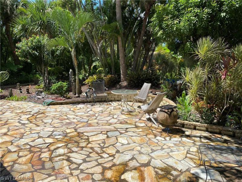 3910 Country Club Boulevard, Cape Coral, Fl 33904
