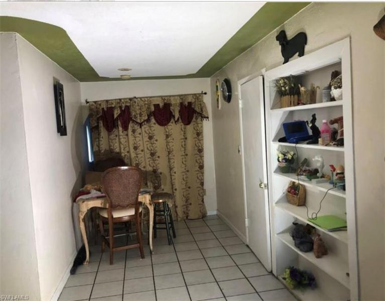 2430 Parkway Street, Fort Myers, Fl 33901