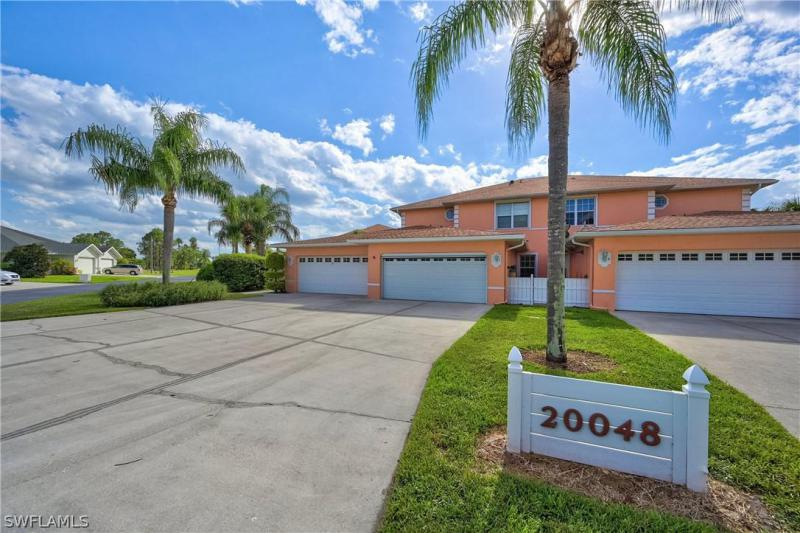 For Sale in KINGS GREEN LEHIGH ACRES FL