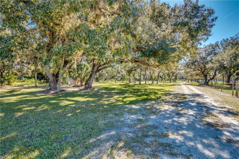 17160 N River Road, Alva, Fl 33920